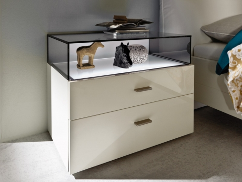 Hülsta NOW! no.14 Bedside table with glass bonnet