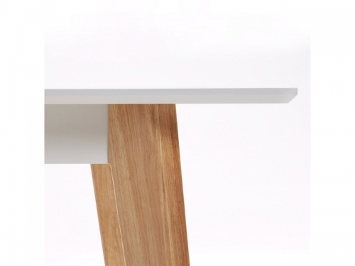 La Forma MEETY dining table