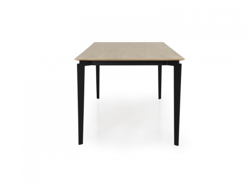 Tenzo SCORE dining table