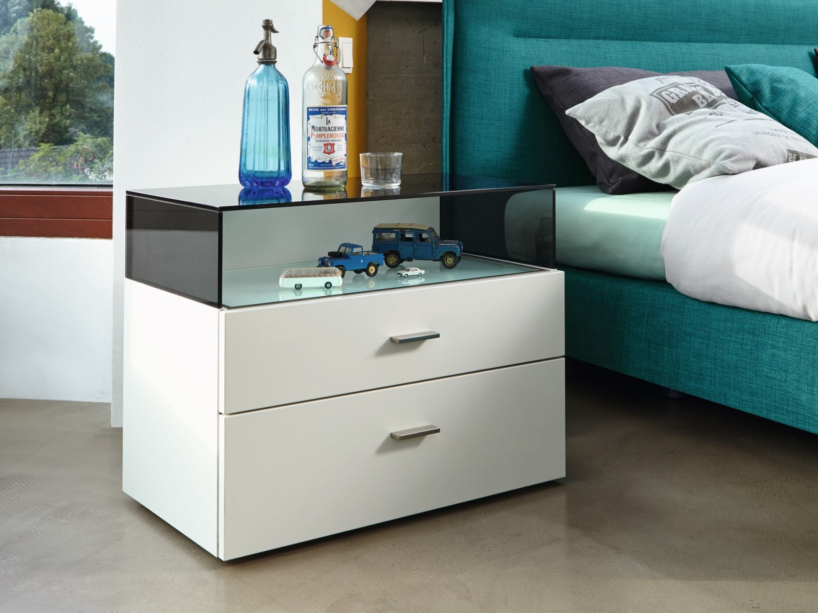 Hülsta Now No14 Bedside Table With Glass Bonnet Innoshop