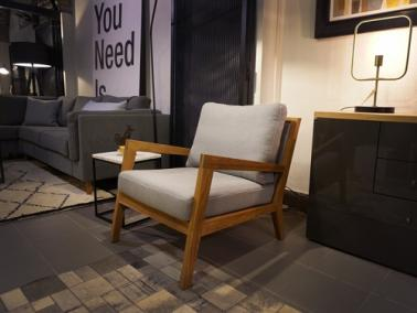 Theca LUCCA showroom Chair