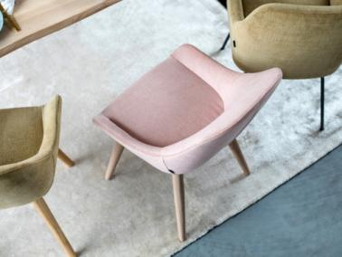 Furninova LAYLA dining chair with low arm