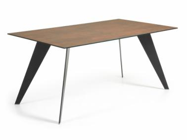 La Forma NACK dining table