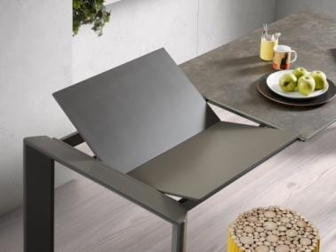La Forma ATTA 140 extendable dining table | graphite leg