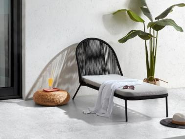 La Forma STAD lounger chair