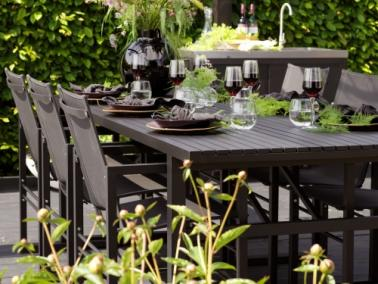Brafab VEVI outdoor dining table